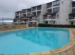 Apartamento em condomínio de frente para a lagoa