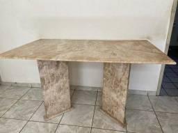 Mesa em Mármore Travertino