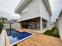 Título do anúncio: Casa de condomínio sobrado para venda com 344 metros quadrados com 5 quartos