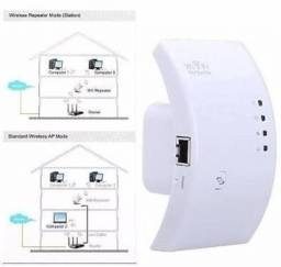 Título do anúncio: Roteador Repetidor de Sinal 300Mbps 2.4Ghz -Wireless-N de tomada