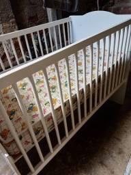 Berço Americano (vira cama) e Colchão de Bebê Seminovos
