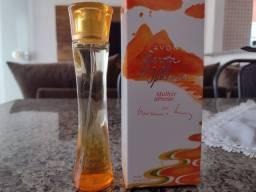 Título do anúncio: Perfume mulher Poesia Garota de Ipanema  Avon