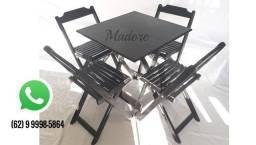 Título do anúncio: CJ Mesa dobrável Madeira 70x70 Jg 04 Cadeiras dobráveis Madore Goiânia