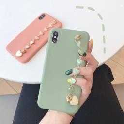 Capa Flexível De Silicone Com Cordão De Corrente Para Iphone 7/8 Plus na cor verde