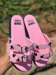 Título do anúncio: Sandálias femininas e masculinas
