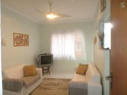 Título do anúncio: Apartamento para venda a 200 metros da Praia com 2 quartos, no Centro - Mongaguá - SP