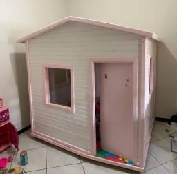 Casinha de brinquedo de criança em Madeira