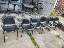 Título do anúncio: Cadeira em policarbonato