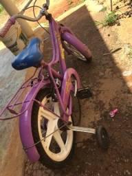 Título do anúncio: Bicicleta  infantil  menina