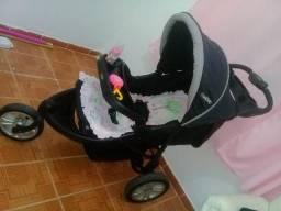 Carrinho de bebê conservado Kiddo