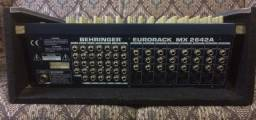 Mesa de som Behringer Eurorack MX2642A