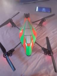 Vendo ou troco Drone (novinho)