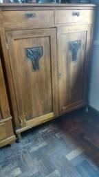 Móveis antigos Família de Mudança vende