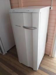 Freezer eletrolux 180 litros