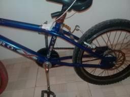 Vende_se uma bicicleta Aro 20