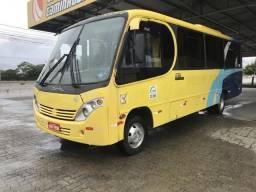 Micro-ônibus Comil LO 915 - 2011