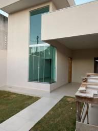 Casa nova com ótimo acabamento