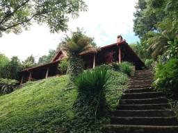 Casa estilo colonial em gramado