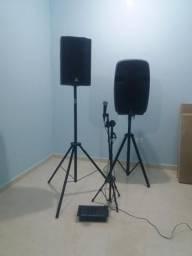 Caixa de som ativa e passiva mais pedestal e mesa com 4 canais