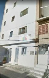 Siqueira Aluga: Apartamento com 02 quartos em Massaranduba