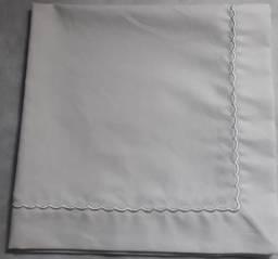 Título do anúncio: Guardanapos  Com acabamento bordados