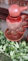 Fonte d'água de cerâmica