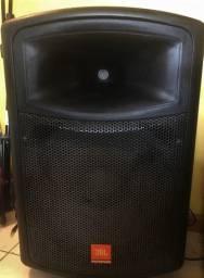 Equipamentos de som completo: caixa ativa JBL + cabos + microfone Samsom + pedestal