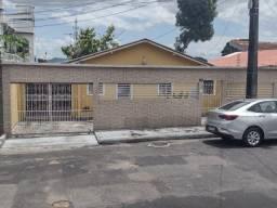 Título do anúncio: Casa na Compensa 3Qrts Ótimo Localização/ Analiso Proposta Avista.
