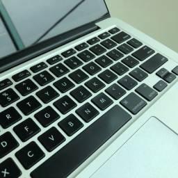 Título do anúncio: MacBook Pro Retina 13 i5 8Gb 256Gb SSD - Perfeito
