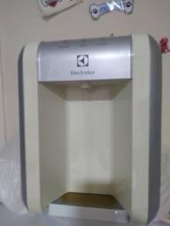 Título do anúncio: Purificador de água Eletrolux