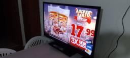 Título do anúncio: Tv led Semp Toshiba 40 Polegadas linda