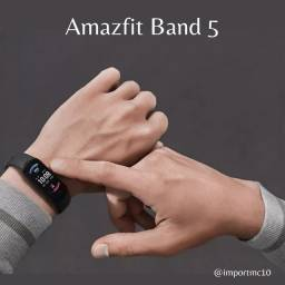 Título do anúncio: Smartband Xiaomi Amazfit Band 5 - Preto