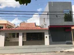 Título do anúncio: Excelente casa + ponto comercial na Rômulo Maiorana