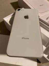 iPhone 8 64 gb semi-novo muito conservado