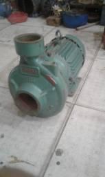 Título do anúncio: Bomba de agua 7.5