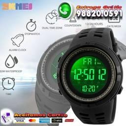 Título do anúncio: Relógio Digital SKMEI Esportivo à Prova D'água<br>Preto Tático Alarme  Display Black