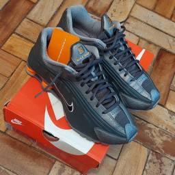 Tenis Nike Shox R4