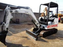 Título do anúncio: Mini escavadeira bobcat 325
