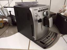 Título do anúncio: Máquina de café cafeteira Saeco Vienna OCS