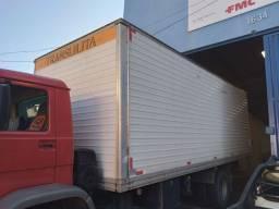 Baú alumínio para caminhão toco.