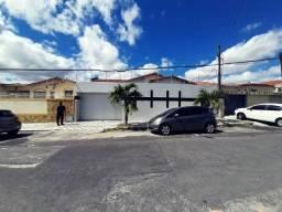 Título do anúncio: Fortaleza - Casa Padrão - Cidade dos Funcionários