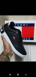 Tênis da Tommy