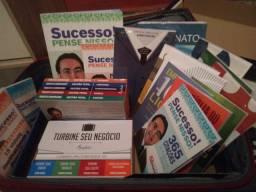 Vendo kit de livros editora mundial (administração)