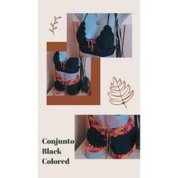 Conjunto em crochê Blogueira Black Colored