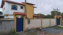 Casa com 4 dormitórios para alugar, na Barra do Sahy por R$ 2.500/mês
