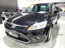 Focus Sedan maravilhoso + Bancos de Couro + Teto Solar - 2012