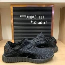 Tênis Adidas Yzy ( 3 cores disponíveis ) - 38 ao 43