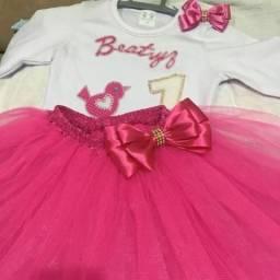 Laços e customizações de roupas p bebês