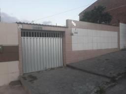 Casa na RUA PRINCIPAL no bairro MALVINAS , com 2 QUARTOS