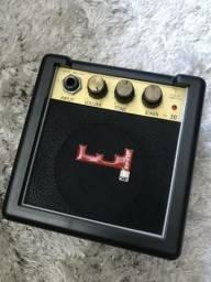 Mini amplificador Levi?s para instrumentos